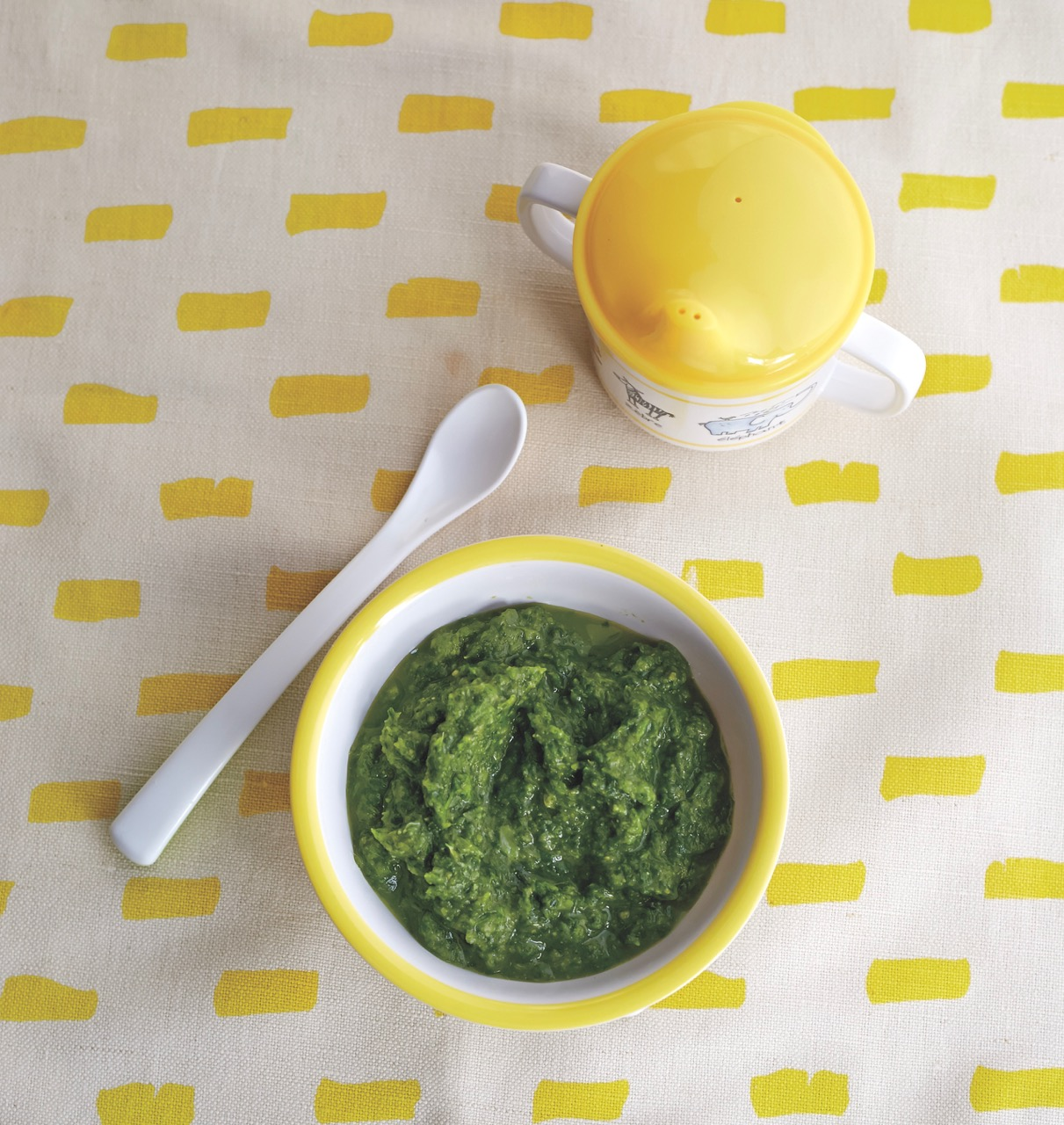 Red lentil and spinach puree